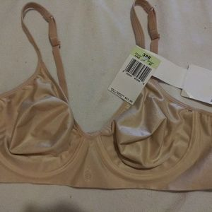 NWT Barely There Bra Size 38B